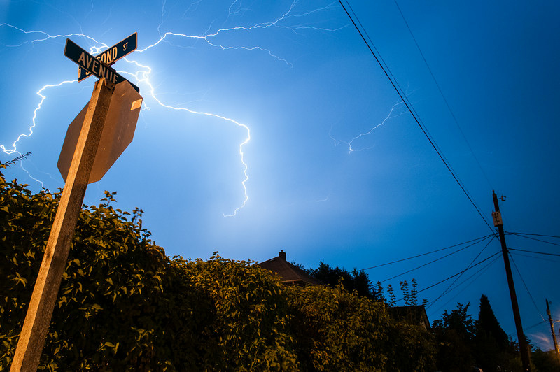 Lightning in the skies above Snohomish, Washington